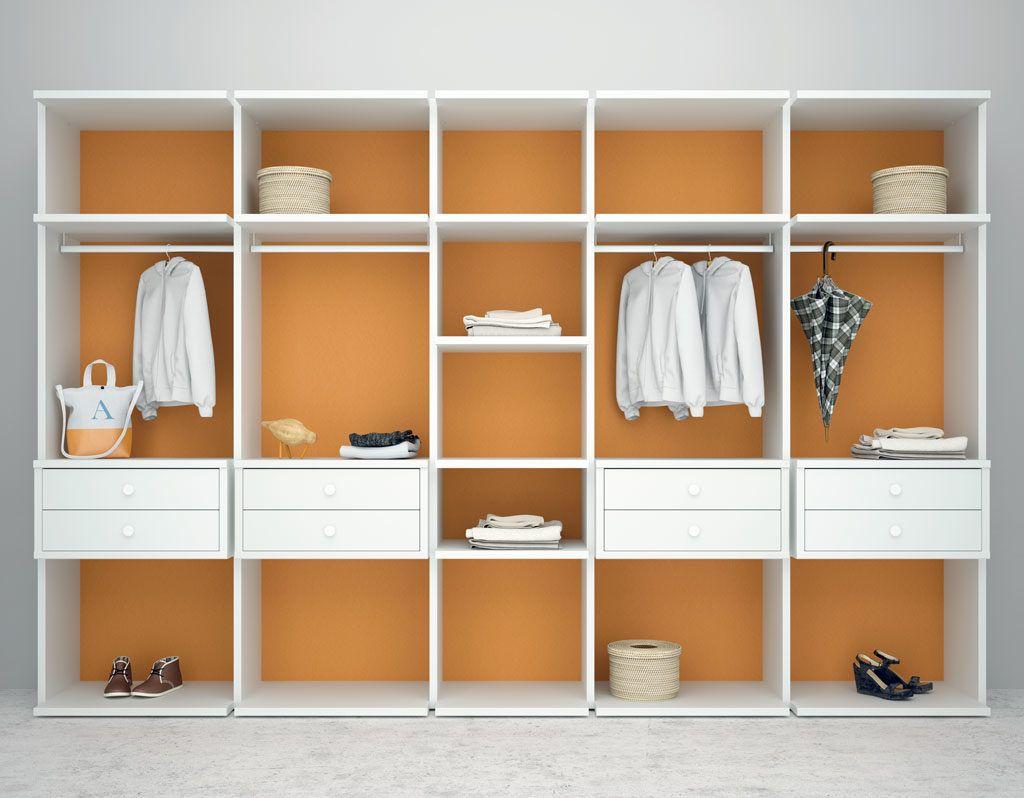 Armario Vestidor Closet en color Blanco y la trasera en color Calabaza