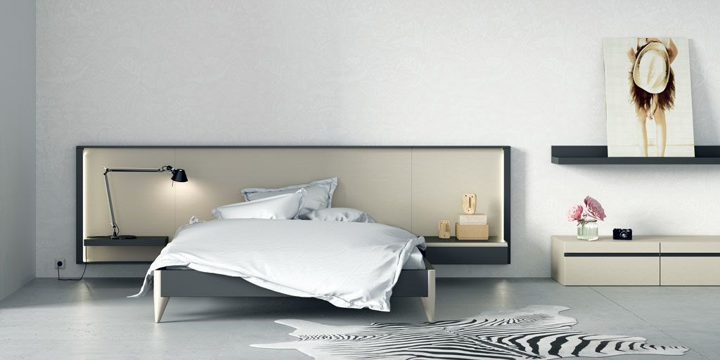 Dormitorio de matrimonio con el cabecero Homage en color Nacar y Vulcano