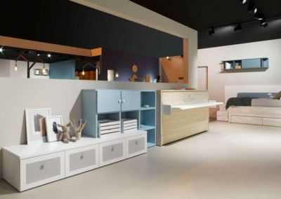 Cama abatible con escritorio con muebles de la colección AirBox