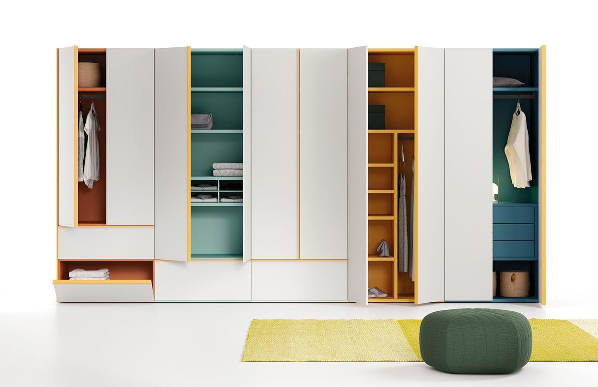 Ejemplo de armario compuesto por módulos Dressbox