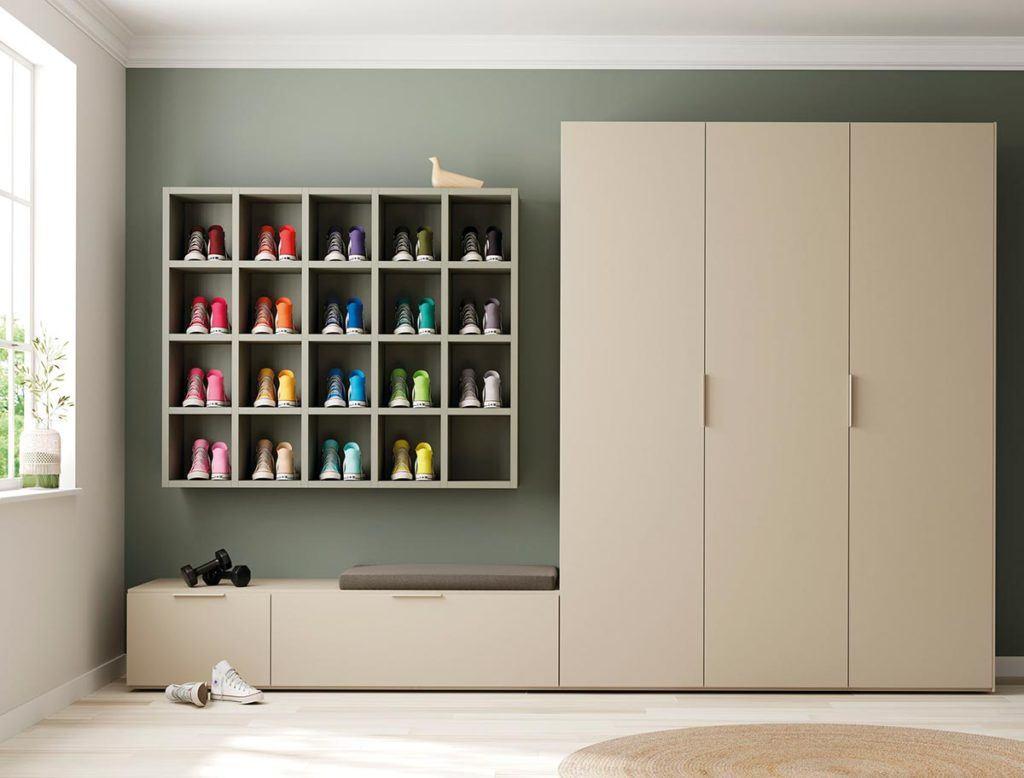 Composición de estantería Airbox y armario Dressbox